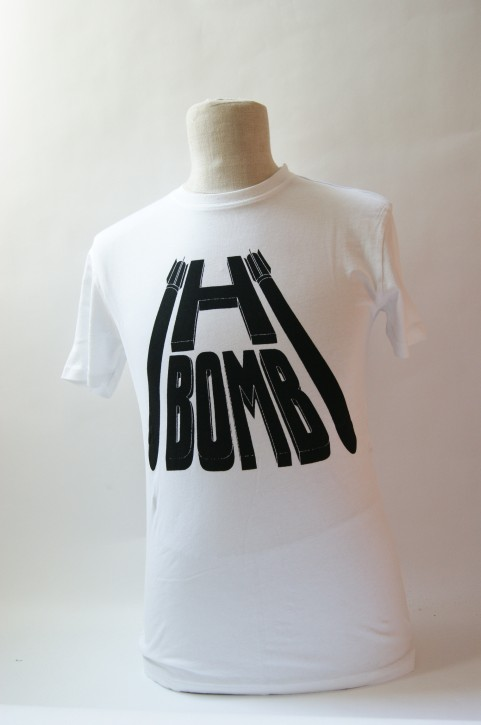 WORN BY T-SHIRT AC/DC H BOMBE FARBE WEISS